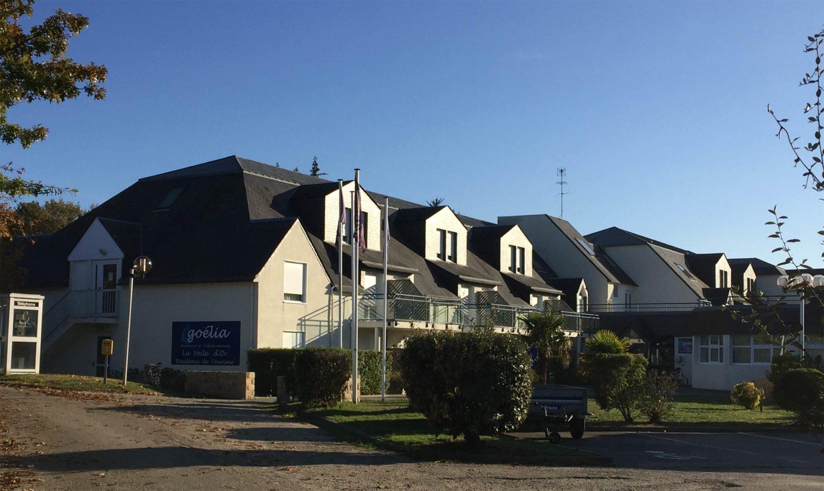 Rénovation-Ile-aux-Moines-Résidence-la-Voile-dOr-G.-LE-PORT-architecte-1-1