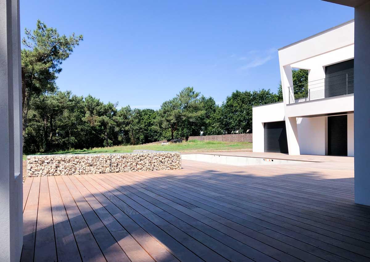 terrasse-et-piscine