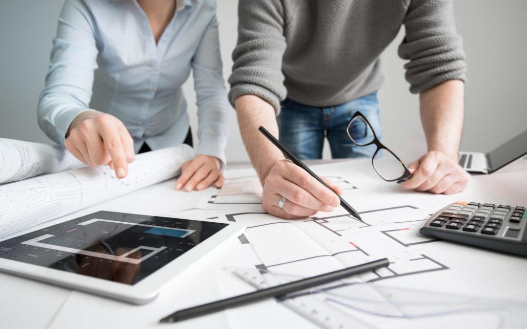 Quelles différences entre un architecte DPLG, DE et HMONP